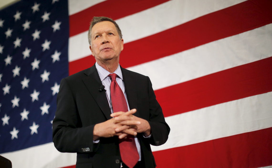 Potential Republican 2016 presidential candidate Ohio Governor John Kasich speaks at the First in the Nation Republican Leadership Conference in Nashua, New Hampshire April 18, 2015.  REUTERS/Brian Snyder - RTR4XVGV